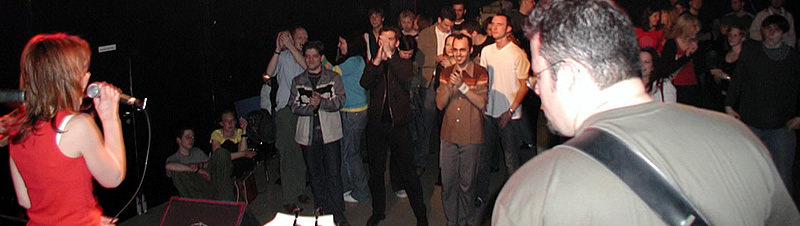 Corkskrew in der Sargfabrik (2004)